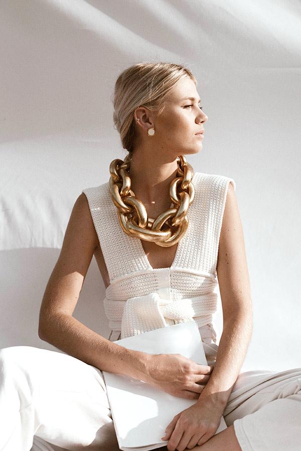 fashiontamers-clothing-woman